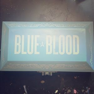 Blue blood palette